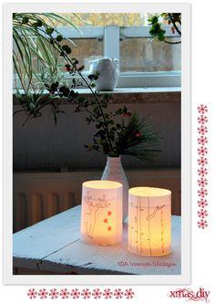 Luci natalizie con riciclo creativo bicchieri e carta decorata