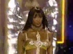 Victoria Secrets Fashion Sh0w 2002