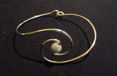 Swirled wire cuff  #handmade #jewelry #bracelet #wire_wrapping