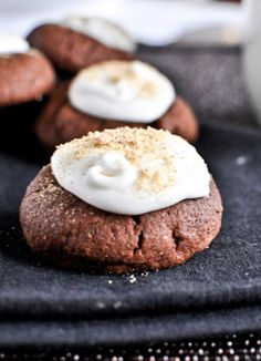 Chocolate Fudge S'mores Thumbprints | howsweeteats.com