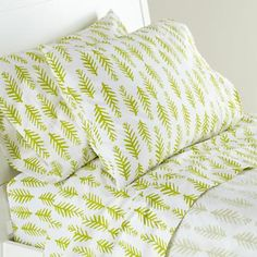Ahhhhh! SHEETS WITH FERNS!!!!!!!