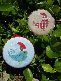 M Designs Christmas Bird Ornaments Cross Stitch Pattern.
