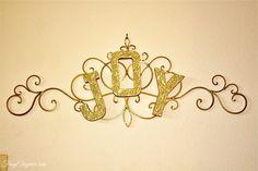 DIY Gold Glitter Chr