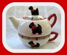 TEA FOR ONE SCOTTY DOG TEAPOT: Awww, love the little Scottie!!