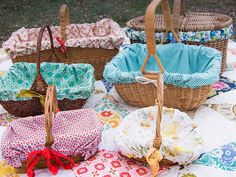 Playful Picnic Set   Sew Mama Sew   Great lining for a flower girl basket.