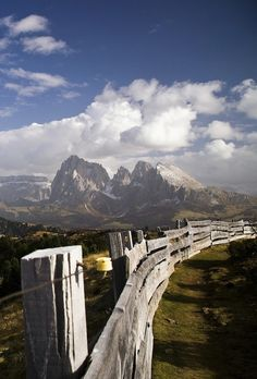 Missed this part of Italy, but how beautiful! Alpe di Siusi  / South Tyrol, Italy