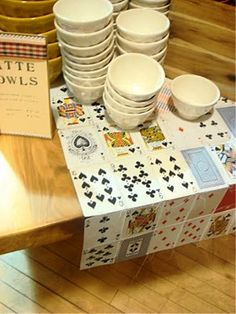 Playing card table r