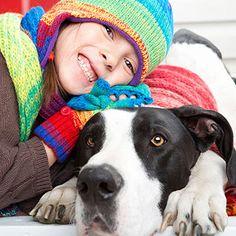Best Big Dogs for Kids | via @Family Circle Magazine #animals #pets #kids #sparkmoms