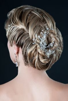 Peinado de Novia www.egovolo.com    #wedding #hair #peinado #novia #boda #recogido #bridal #bride