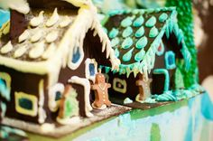 Join the gingerbread challenge! Teams test their holiday house-building skills in a fun-filled competition to construct the most creative gingerbread structure.