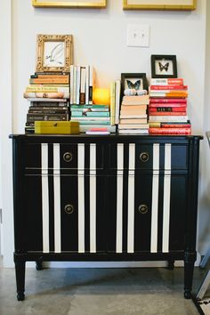 Lauren Lagarde's New Orleans Apartment Tour #theeverygirl ...love the black & white stripes! DIY