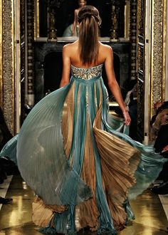 Gorgeous aqua and bronze gown.