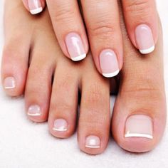 round-nails-french-manicure  All time favorite classic <3