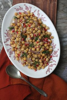 SPICY GARBANZO PEANUT SALAD