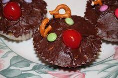 reindeer cupcakes christmas countdown, christmas baking, reindeer cupcak, cupcak easi