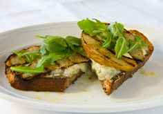 Walnut Bruschetta with Gorgonzola and Grilled Pears