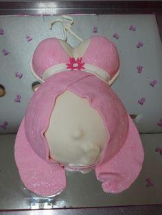 pregnant babi bump, bump cake, shower idea, babi shower