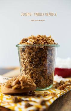 Coconut vanilla granola
