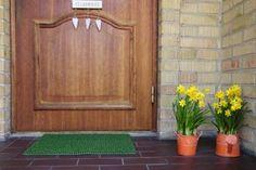 Spring Renewal for Your Home's Exterior | Stretcher.com - Using creativity, not cash!