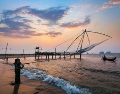 Kochi Chinese fishnets at sunset #India