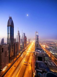 Dubai #dubai #travel #places #popular