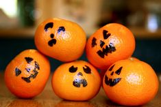 World's easiest Halloween lunch box snack. And surprise...it's healthy!