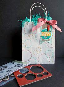 nutmeg creations: Artisan Wednesday Wow - Starburst Circle Gift bag