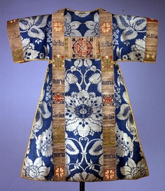 Great blog on Medieval clothing and sewing