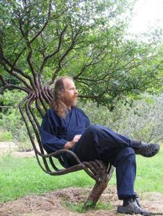 Tree-Grown-Chair by Peter Cook via chairblog.eu