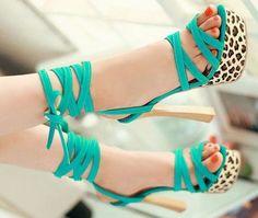 aquamarine high heels fashion mods style pic image photo shoes http://www.womans-heaven.com/aquamarine-high-heels/