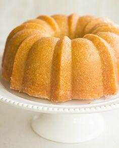Kentucky Bourbon Butter Cake | browneyedbaker.com #recipe #KentuckyDerby
