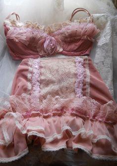 Pink bra set girdle skirt  vintage ruffles dusty rose pin up buresque  romantic  small medium by vintage opulence on Etsy Woman