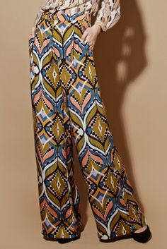 Silk Graphic Pattern Wide Leg Pants http://thriftedandmodern.com/graphic-pattern-wide-leg-pants