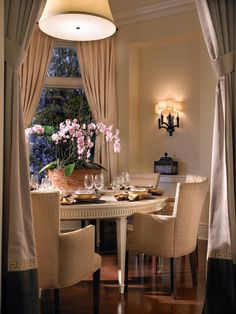 Intimate Dining Room. Browse gorgeous rooms in HGTV Designers' Portfolio >> http://www.hgtv.com/designers-portfolio/room/transitional/dining-rooms/6055/index.html#/id-2885/room-dining-rooms?soc=pinterest