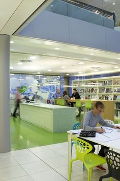 A creative space/ collaborative space in the HOK Building in London.