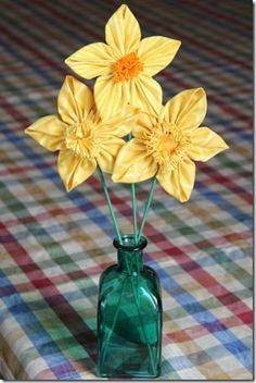 Fabric Daffodils–3 Ways
