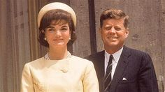 Pillbox Hat    On Jackie Kennedy it looked sophisticated; on a Pan Am stewardess, jaunty. Yet the simple round hat is actually military in origin, worn by Roman soldiers 2,000 years earlier. www.pinkpillbox.com