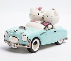 Precious Moments x Hello Kitty: Wedding Car