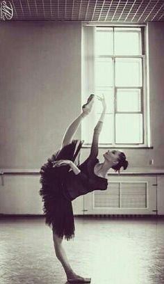 Oksana Skorik ♥ Wonderful! www.thewonderfulworldofdance.com #ballet #dance