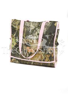 Pink Mossy Oak Diaper Bag I think I'll create my own baby bag.