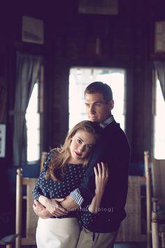 Posh Poses | Couples | Romantic | Chic | Classy | Bellini Portraits