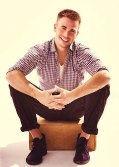 chris evans ......... with a smile so fresh that even colgate is jealous!
