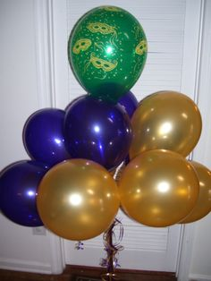 Mardi Gras Balloon Decorations by Celebrate the Day