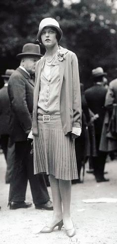 Yola Letellier en Chanel - 1920 - Grand Prix de Longchamp - Photo de la Seeberger Brothers années 20 - www.fashion.net/