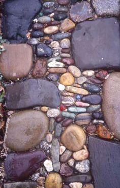 Stone Walls Mosaic Garden Design