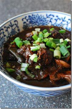 Crock pot spicy Asian beef