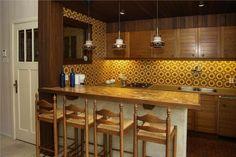 Keuken on pinterest white kitchens cosy kitchen and stools - Open keuken bar ...