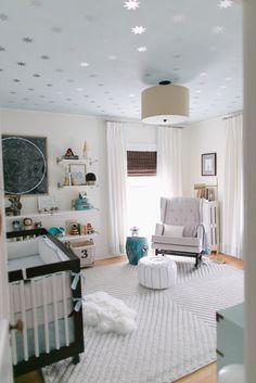Modern, Serene Baby Boy Nursery. Wish I had of seen this when do my little guys room :(