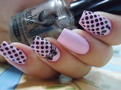I really hate long square nails, but these are pretty