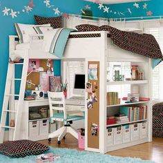 Perfect teen bedroom design.